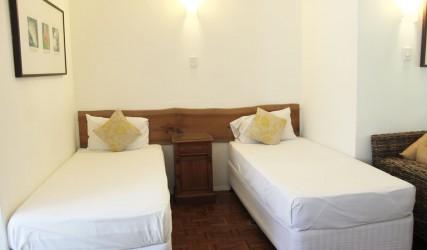 Cairns accommodation - Bedroom Villa Marine