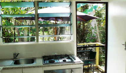 Villa Marine Honeymoon Apartment - Romantic Honeymoon Accommodation Cairns